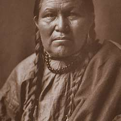 Cheyenne woman  (1910)