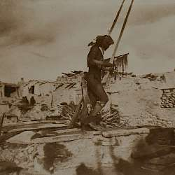 Snake griest entering the kiva  (1921)