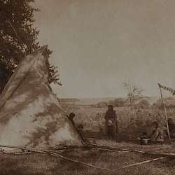 Cree fishing camp (1926)